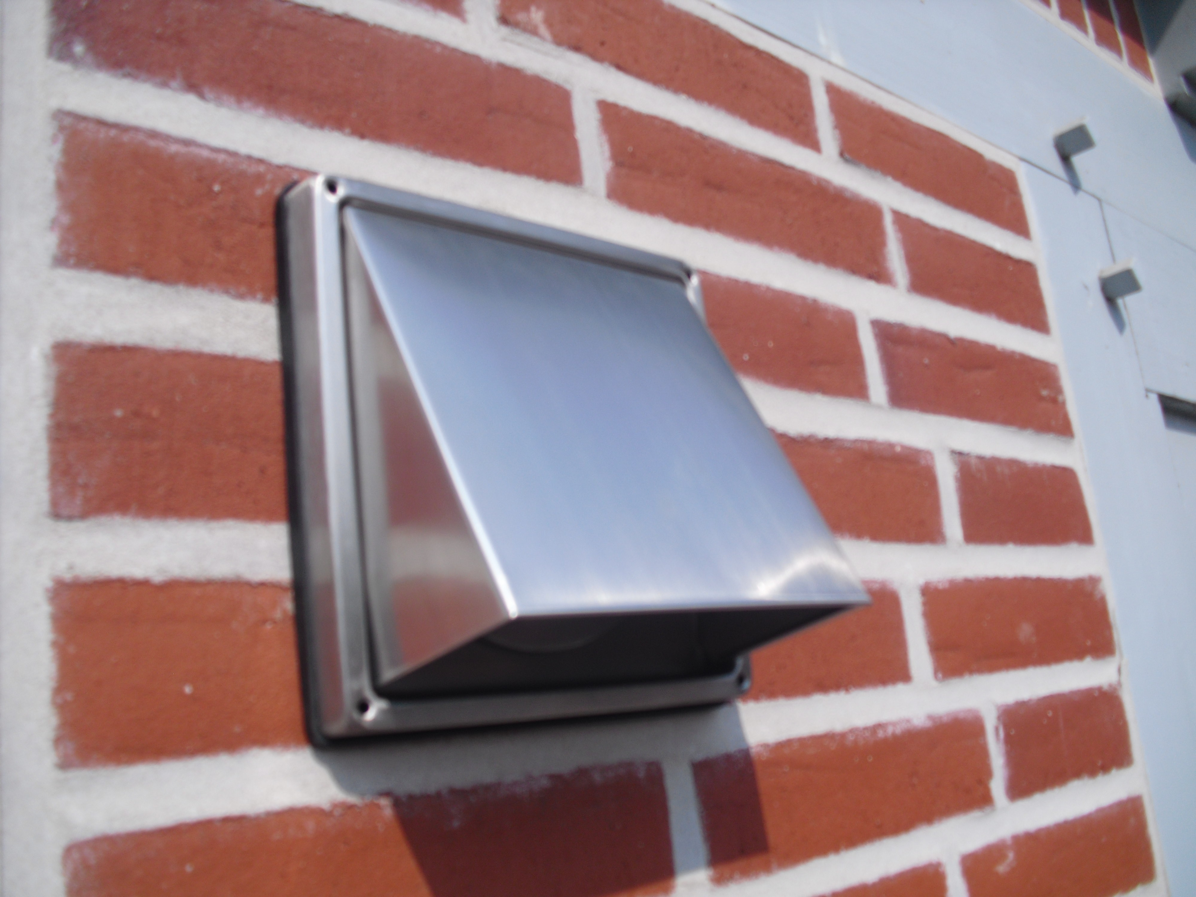 Mauerkasten mit blower door zertifikat für niedrig energie haus