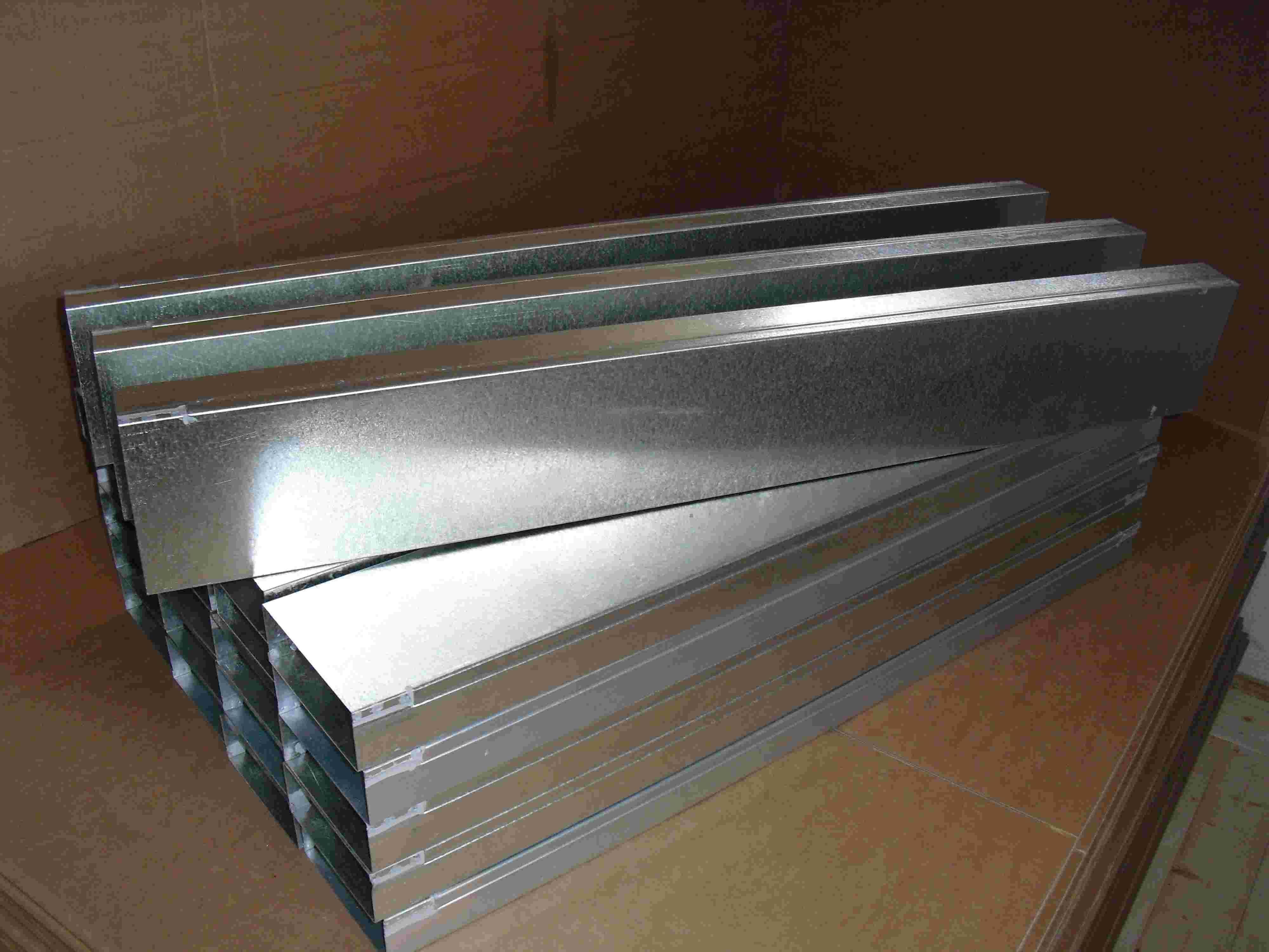 Flachkanal Stahl verzinkt Edelstahl Wohnraumlüftung Dunstabzug mit Befestigungsleite